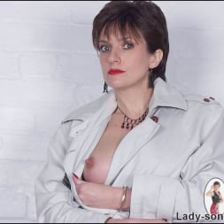 Lady Sonia in 'Lady Sonia' Lingerie dominatrix (Thumbnail 4)