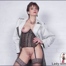 Lady Sonia in 'Lady Sonia' Lingerie dominatrix (Thumbnail 10)