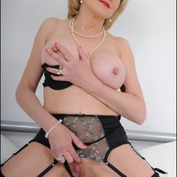 Lady Sonia in 'Lady Sonia' Lingerie mature (Thumbnail 13)