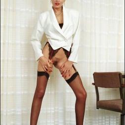 Lady Sonia in 'Lady Sonia' Long nylon legs (Thumbnail 2)