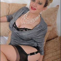 Lady Sonia in 'Lady Sonia' Mature trophy wife (Thumbnail 13)