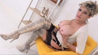Lady Sonia in 'MILF Cock Tease In Thigh Boots'