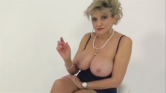 Lady Sonia in 'MILF Teasing The Wanker'