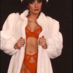 Lady Sonia in 'Lady Sonia' Milf in fur coat (Thumbnail 8)