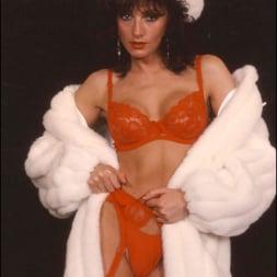 Lady Sonia in 'Lady Sonia' Milf in fur coat (Thumbnail 14)
