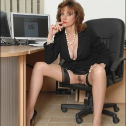 Lady Sonia in 'Lady Sonia' Office boss milf (Thumbnail 5)