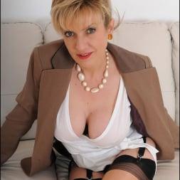 Lady Sonia in 'Lady Sonia' Older secretary (Thumbnail 7)