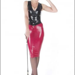 Lady Sonia in 'Lady Sonia' Rubber mistress (Thumbnail 4)