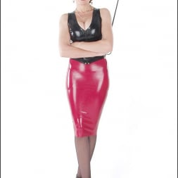 Lady Sonia in 'Lady Sonia' Rubber mistress (Thumbnail 7)