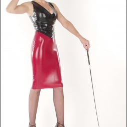 Lady Sonia in 'Lady Sonia' Rubber mistress (Thumbnail 14)