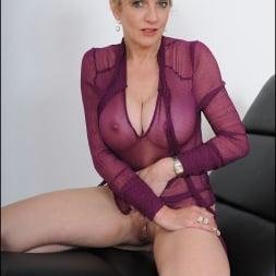 Lady Sonia in 'Lady Sonia' See thru blouse milf (Thumbnail 8)