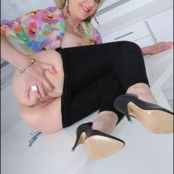 Lady Sonia in 'Lady Sonia' Skintight leggings (Thumbnail 15)