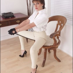 Lady Sonia in 'Lady Sonia' Strict dominatrix (Thumbnail 10)