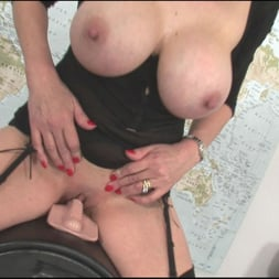 Lady Sonia in 'Lady Sonia' Sybian riding mature (Thumbnail 14)
