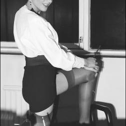 Lady Sonia in 'Lady Sonia' Vintage lady sonia (Thumbnail 7)