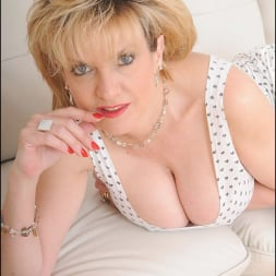 Lady Sonia in 'Lady Sonia' White panties milf (Thumbnail 4)
