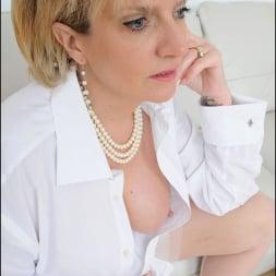 Lady Sonia in 'Lady Sonia' White stockings milf (Thumbnail 7)