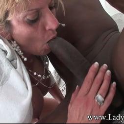 Lady Sonia in 'Lady Sonia' Wife sucks huge dick (Thumbnail 9)