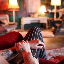 Lexi Ward in 'Daring Sex' Ink 02 (Thumbnail 3)