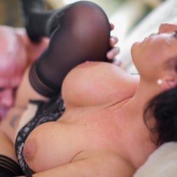 Lexy Ward in 'Daring Sex' Milf Mayhem (Thumbnail 4)