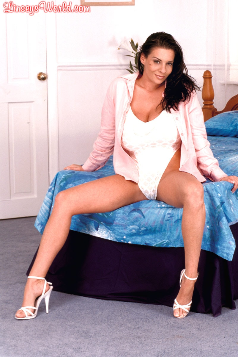 Linsey Dawn McKenzie 'Ab Fab' starring Linsey Dawn McKenzie (Photo 1)
