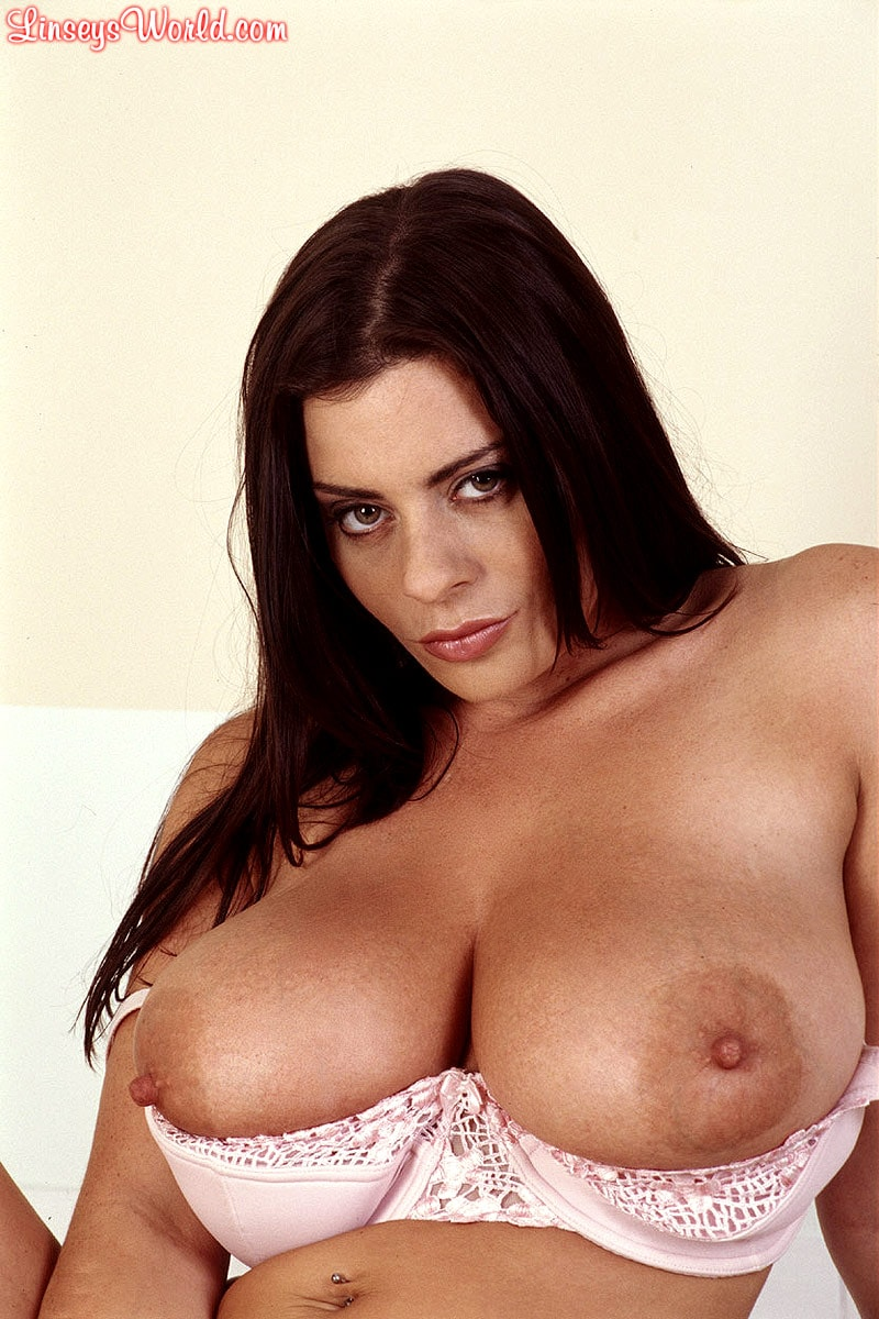 Linsey Dawn McKenzie 'Bath and Breastfest' starring Linsey Dawn McKenzie (Photo 6)
