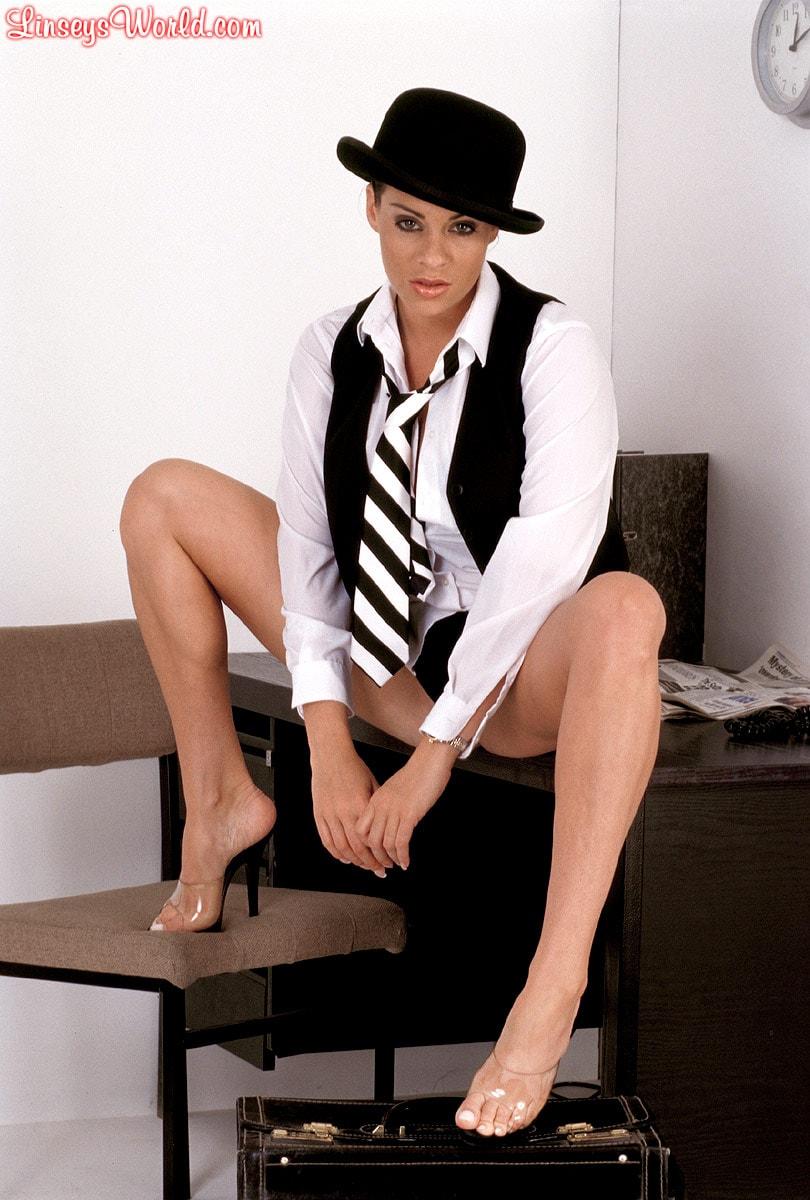 Linsey Dawn McKenzie 'Clockwork Linsey' starring Linsey Dawn McKenzie (Photo 3)
