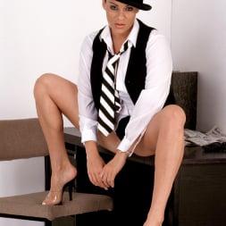 Linsey Dawn McKenzie in 'Linsey Dawn McKenzie' Clockwork Linsey (Thumbnail 3)
