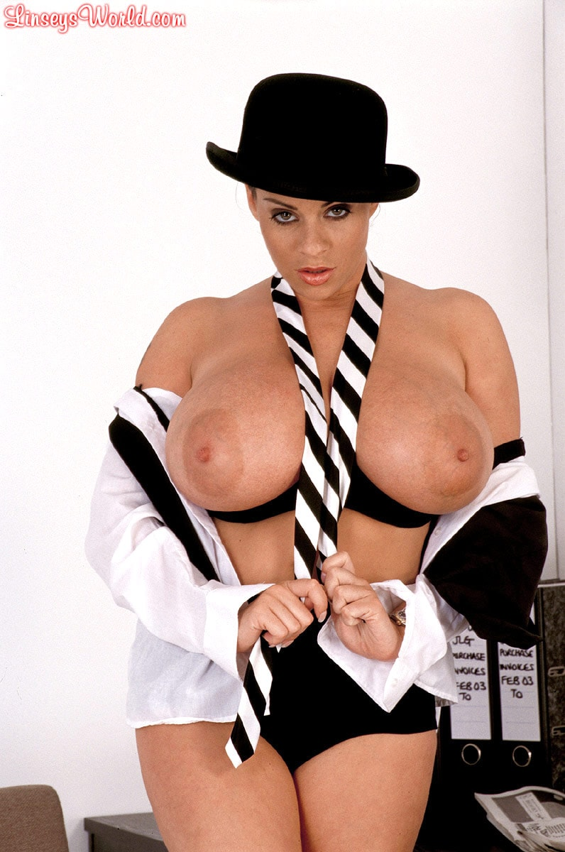 Linsey Dawn McKenzie 'Clockwork Linsey' starring Linsey Dawn McKenzie (Photo 10)
