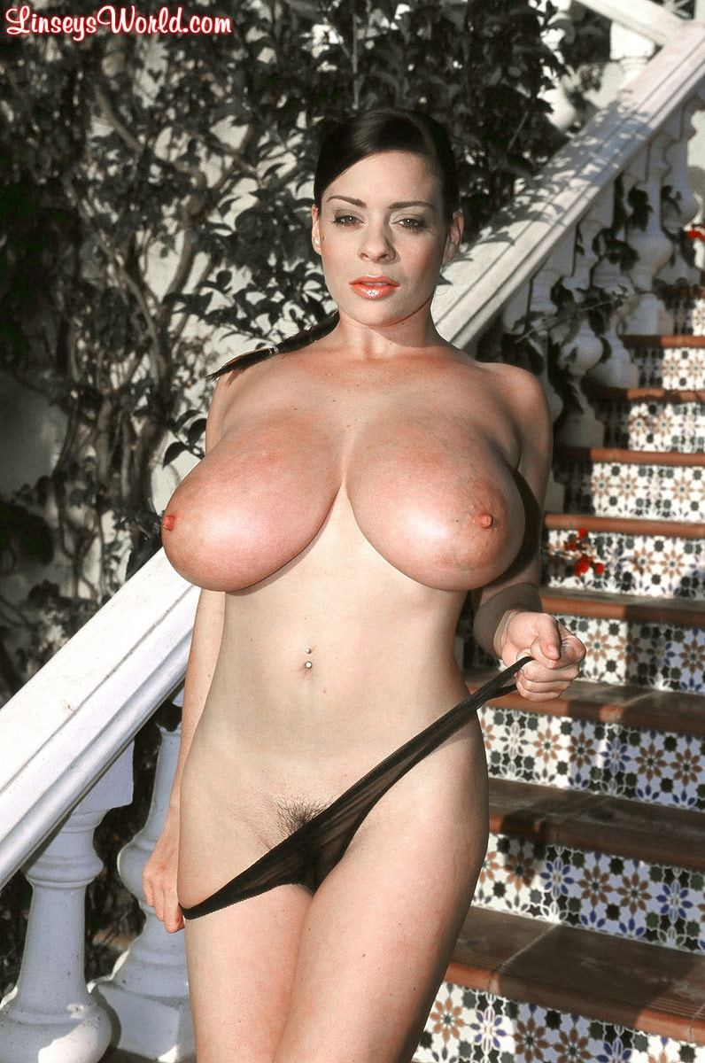 Linsey Dawn McKenzie 'Costa Del Sol' starring Linsey Dawn McKenzie (Photo 16)