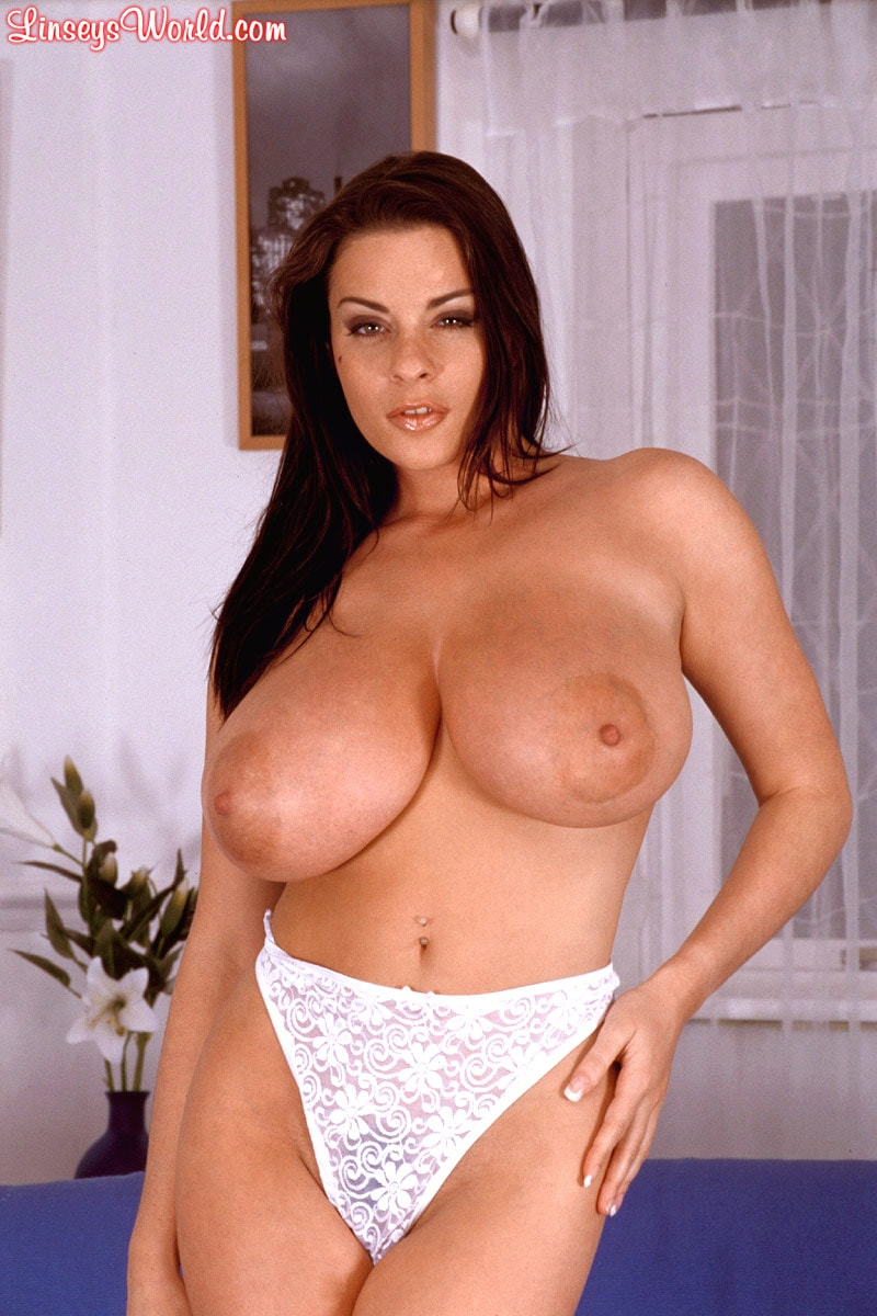 Linsey Dawn McKenzie 'Couch Tomato' starring Linsey Dawn McKenzie (Photo 3)