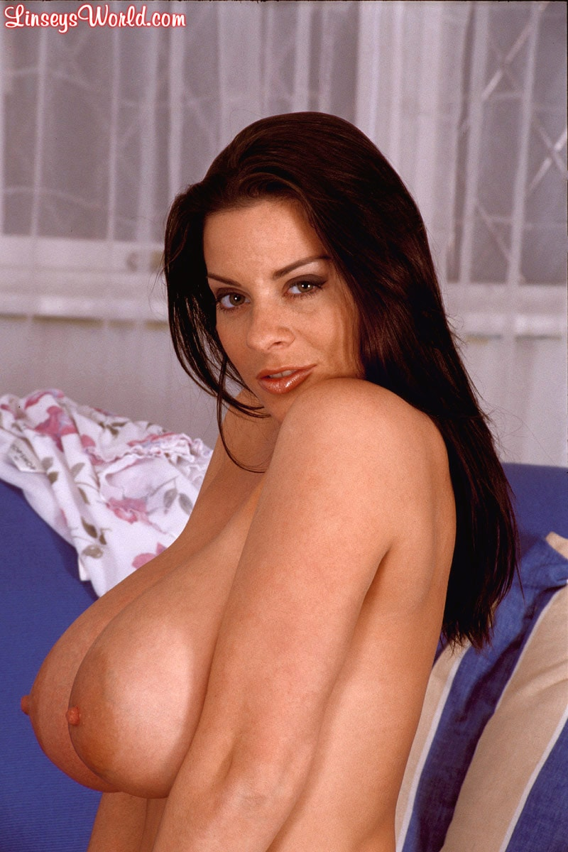 Linsey Dawn McKenzie 'Couch Tomato' starring Linsey Dawn McKenzie (Photo 7)