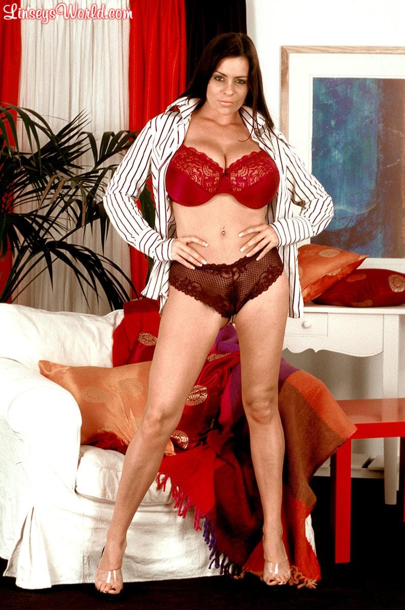 Linsey Dawn McKenzie 'Dressed To Spill' starring Linsey Dawn McKenzie (Photo 1)