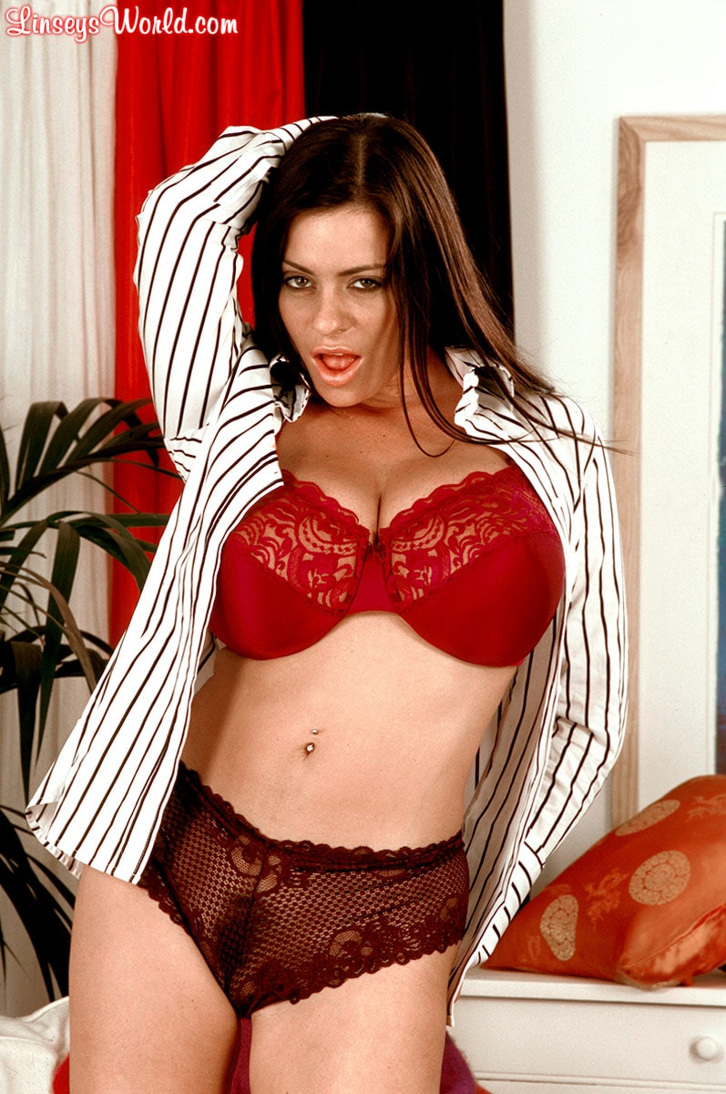 Linsey Dawn McKenzie 'Dressed To Spill' starring Linsey Dawn McKenzie (Photo 3)