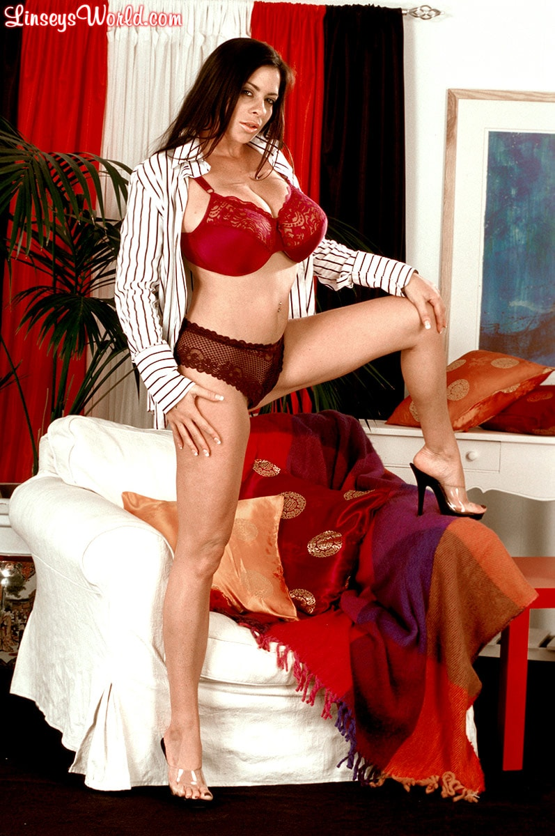 Linsey Dawn McKenzie 'Dressed To Spill' starring Linsey Dawn McKenzie (Photo 5)