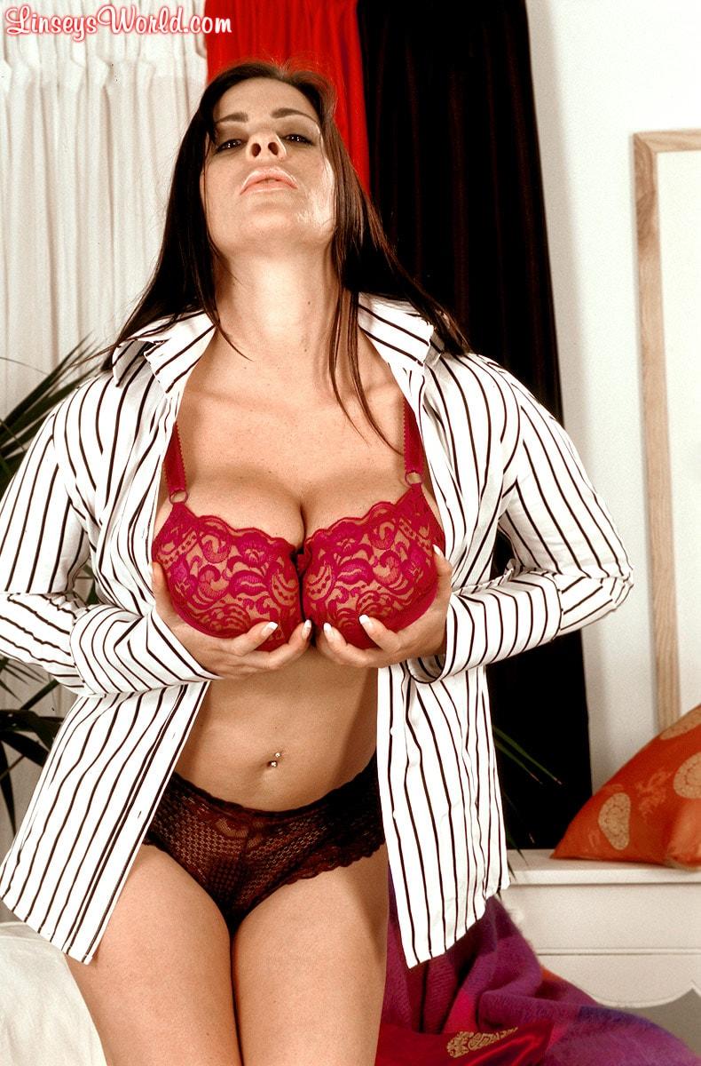 Linsey Dawn McKenzie 'Dressed To Spill' starring Linsey Dawn McKenzie (Photo 8)