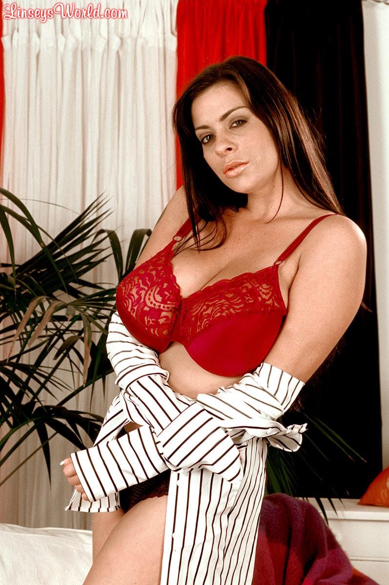Linsey Dawn McKenzie 'Dressed To Spill' starring Linsey Dawn McKenzie (Photo 10)