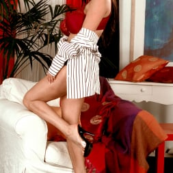 Linsey Dawn McKenzie in 'Linsey Dawn McKenzie' Dressed To Spill (Thumbnail 11)