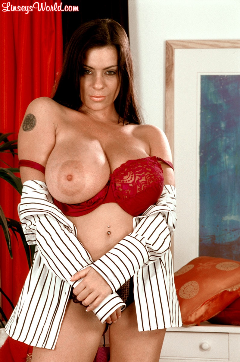 Linsey Dawn McKenzie 'Dressed To Spill' starring Linsey Dawn McKenzie (Photo 14)