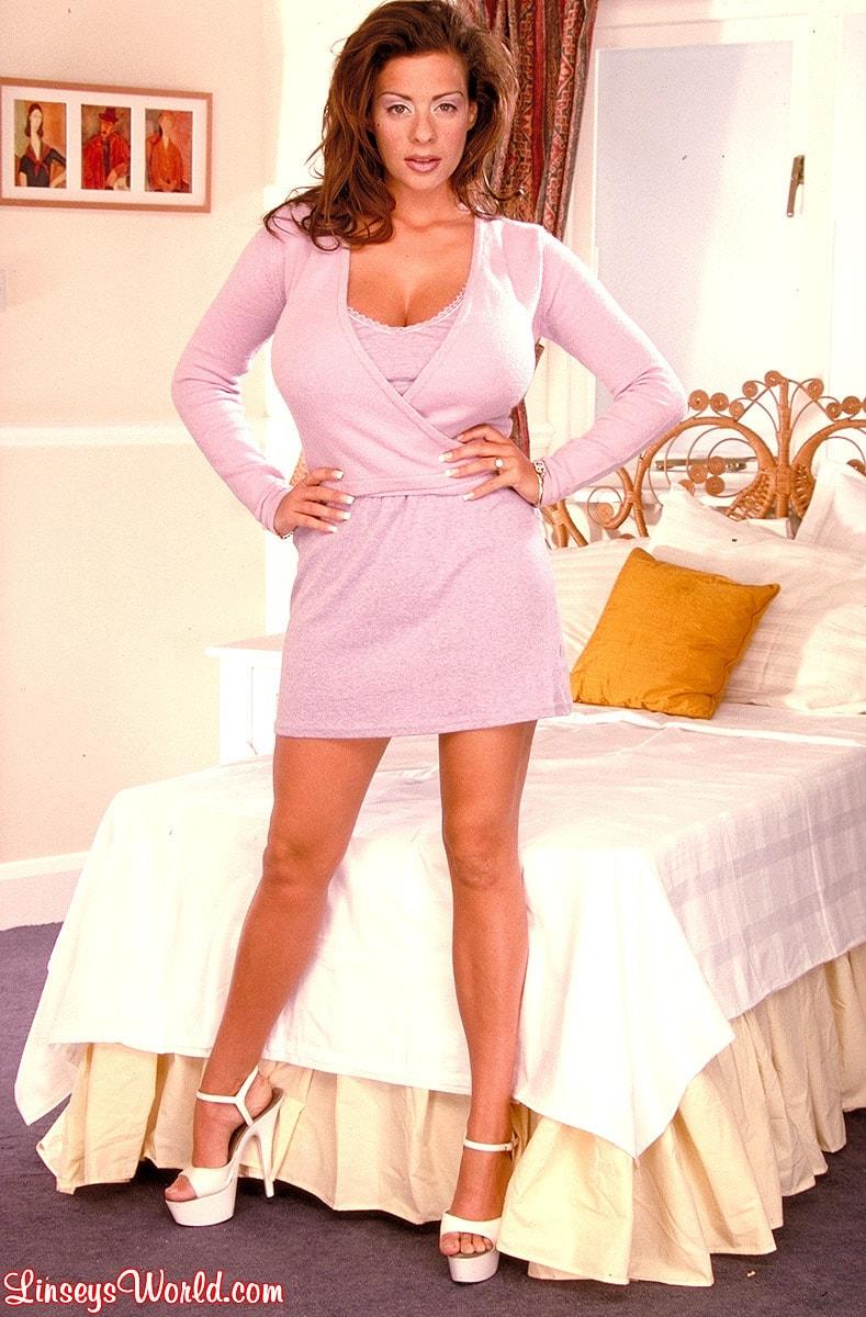 Linsey Dawn McKenzie 'Hidden Gem' starring Linsey Dawn McKenzie (Photo 2)