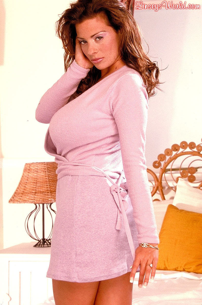 Linsey Dawn McKenzie 'Hidden Gem' starring Linsey Dawn McKenzie (Photo 4)