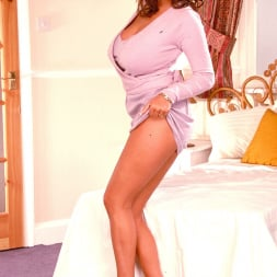 Linsey Dawn McKenzie in 'Linsey Dawn McKenzie' Hidden Gem (Thumbnail 8)