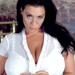 Linsey Dawn McKenzie in 'Linsey Dawn McKenzie' Hottie (Thumbnail 5)