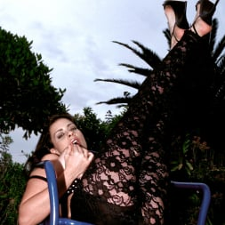 Linsey Dawn McKenzie in 'Linsey Dawn McKenzie' Lazing In The Grass (Thumbnail 7)
