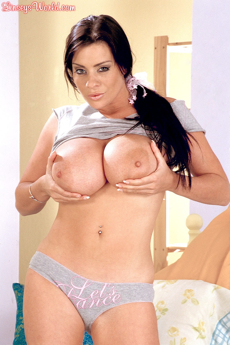 Linsey Dawn McKenzie 'Lets Dance' starring Linsey Dawn McKenzie (Photo 5)
