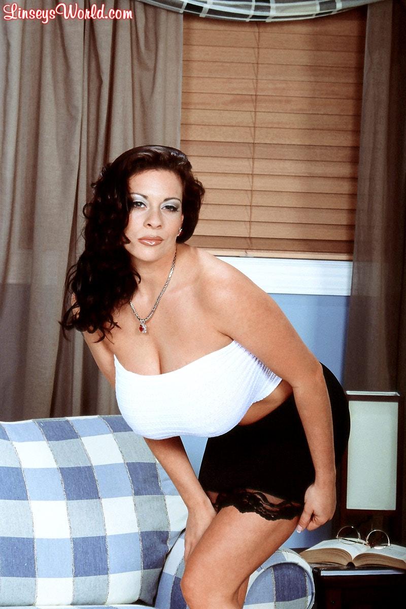 Linsey Dawn McKenzie 'Linsey To Die For' starring Linsey Dawn McKenzie (Photo 3)