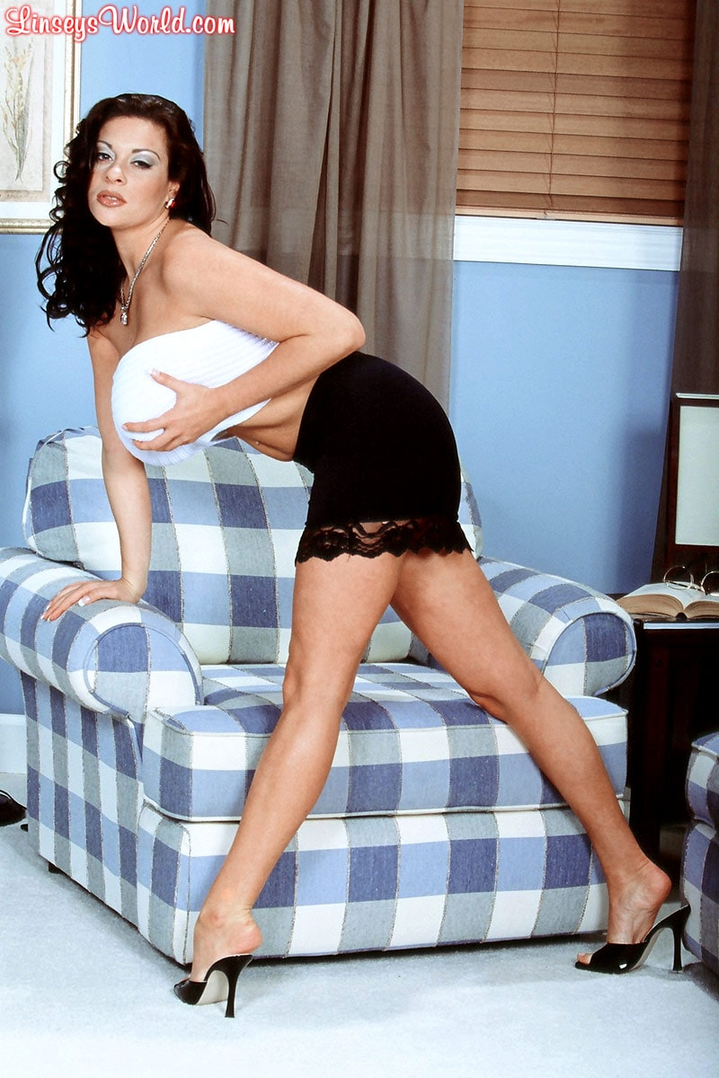 Linsey Dawn McKenzie 'Linsey To Die For' starring Linsey Dawn McKenzie (Photo 4)