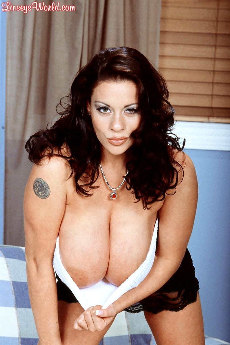Linsey Dawn McKenzie 'Linsey To Die For' starring Linsey Dawn McKenzie (Photo 11)