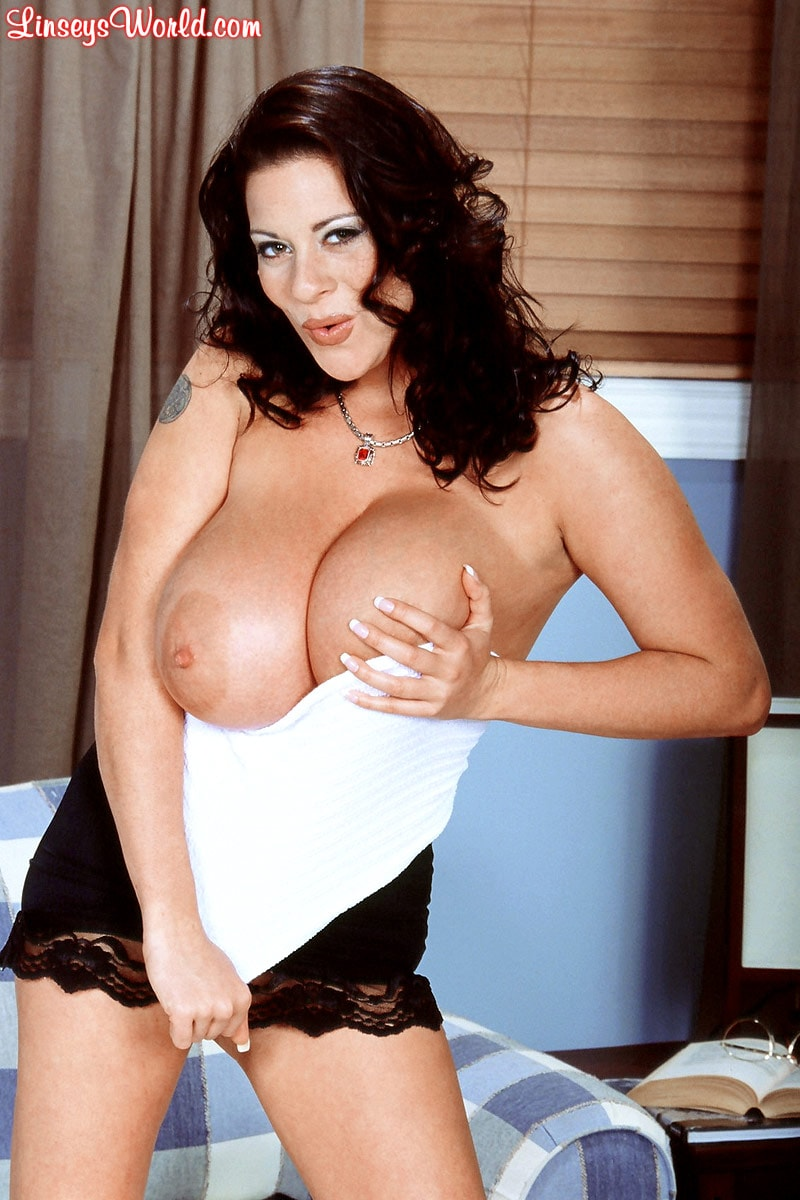 Linsey Dawn McKenzie 'Linsey To Die For' starring Linsey Dawn McKenzie (Photo 13)