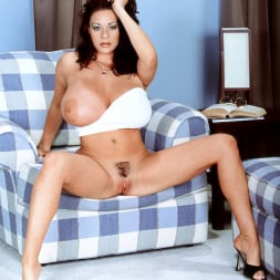 Linsey Dawn McKenzie in 'Linsey Dawn McKenzie' Linsey To Die For (Thumbnail 16)